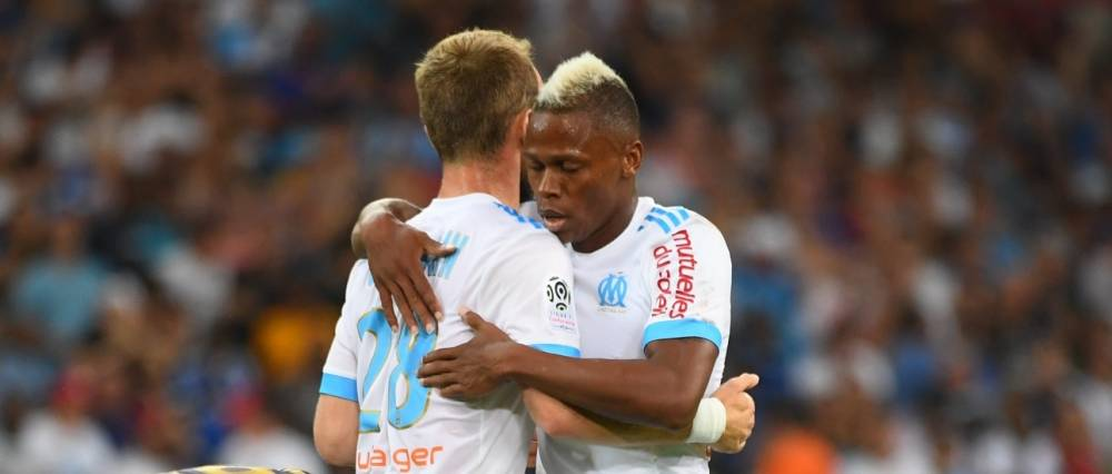 Valère Germain félicite Clinton Njie